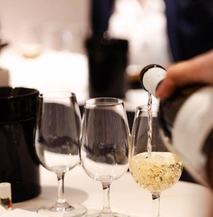 Emilie Brocheton, sommelière | Soif. | Ateliers dégustation, vente de vins et spiritueux à Limoges